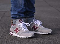 It's hard to pin down exactly when the New Balance 565 debuted, because unlike most of the NB Classics lineup, this model wasn't an OG release. It's more based on the 1985 era that birthed the 670 and 1300, influences … Continue reading →