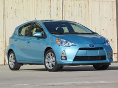 Toyota Prius C Four: The Drive