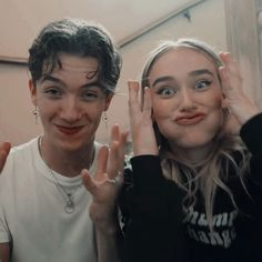 Now United - Now_unitendss Boy Best Friend Pictures, Boy And Girl Best Friends, Guy Best Friend, Bff Pictures, Best Friend Goals, Cute Couples Goals, Couple Goals, Boy And Girl Friendship, Noah Urrea