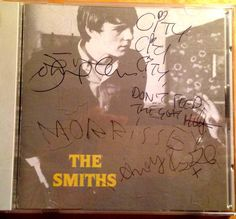 How much for a Japanese CD of Stop Me - signed by all four of The Smiths? @Mozarmy pic.twitter.com/0viJDiWX04