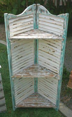 10 Ways You've Never Thought To Reuse Old Shutters - DIY Zero - Best Picture For shutters repurposed farmhouse For Your Taste You are looking for something, and - Shabby Chic Apartment, Shabby Chic Homes, Apartment Interior, French Apartment, Apartment Ideas, Apartment Furniture, Shabby Chic Cottage, Decoration Shabby, Shabby Chic Decor