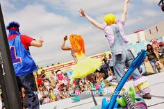 Family Fun Pop Concert for Kids Show Infantil Music Show for Kids Twinkle Time Twinkle and Friends Bilingual Pop Music Show for Kids Kids CD's  Childrens Music Musica para ninos  kids music kid FUN fun things to do with kids  Upcoming Shows& News: August 2014