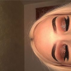 // Pinterest naomiokayyy Makeup, Beauty, faces, lips, eyes, eyeshadow, hair, colour, ombre, body, body goals, fitness, workout, ink, tattoos, nails, claws