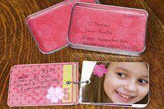 Mini Scrapbook album idea using a small tin Altered Tins, Altered Books, Altered Art, Scrapbook Albums, Scrapbook Paper, Scrapbooking Ideas, Book Making, Card Making, Craft Tutorials