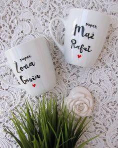 Super Żona i Super Mąż! #slub #kubki #kubek #dlaniego #mug #mugs #wedding #idea #gift #komodapomyslow #husband #wife #marrige