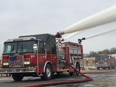 E-One Industrial Super Pumper Fire Dept, Fire Department, Aigle Animal, Firefighter Pictures, Cool Fire, Fire Equipment, Rescue Vehicles, Truck Engine, Volunteer Firefighter