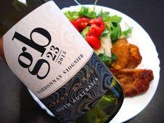 Austrálske Chardonnay s Viognierom z vinárstva Grant Burge výborne doplní rezeň s rukolovým šalátom. Ochutnajte toto skvelé víno ... www.vinopredaj.sk  #grantburge #viognier #cuvee #chardonnay #inmedio #obed #lunch #vino #wine #wein #milujemevino #mameradivino #vinomilci #winelovers #salat #salad