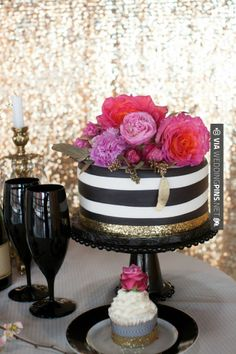Like this! - Glamorous Wedding Inspiration