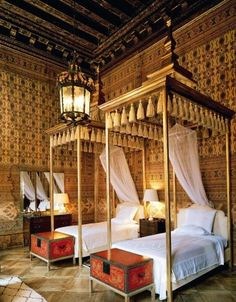 Dodie Rosenkrans - Beni Ouarain. www.mycraftwork.com ((what pretty beds! my goodness!)) ornate pagoda canopy bed