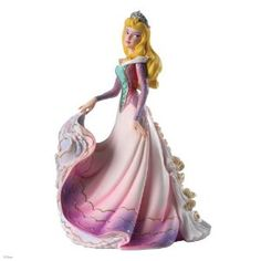 Amazon.com - Enesco Disney Showcase Aurora Couture de Force Figurine, 8-Inch - Collectible Figurines