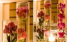 Acho tão lindo usar a flor desta forma.