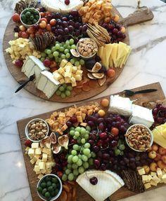 Ideas For Wedding Food Platters Beautiful Party Food Platters, Cheese Platters, Catering, Charcuterie And Cheese Board, Cheese Boards, Cheese Party, Appetisers, Food Presentation, Appetizer Recipes