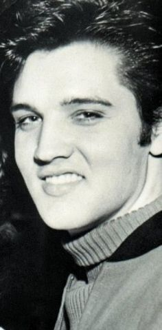 Elvis Presley. The best smile ever!!!! WOW
