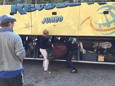 Puolijoukkueteltta bussiin