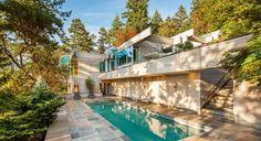 Sublime villa contemporaine parée de bois surplombant l'océan pacifique au Canada,  #construiretendance