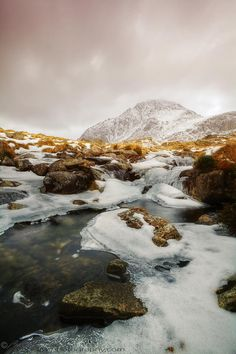 ✯ Tryfan and Icy Afon Idwal