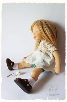 Waldorf Toys, Doll Shop, Dolls For Sale, Doll Tutorial, Boy Doll, Soft Dolls, Fabric Dolls, Doll Patterns, Doll Clothes