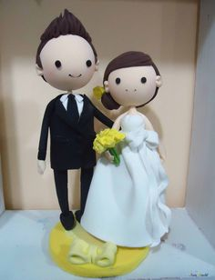 Wedding Cake topper, Clay Couple in Yellow wedding theme, engagement clay doll decoration, clay rings holder, bridal shower clay figurine on Etsy, $65.00