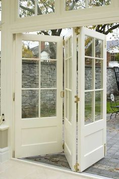 bi-fold doors...love this idea...