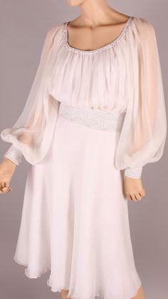 ARGINTIU Linen Dresses, Satin Dresses, Elegant Dresses, Beautiful Dresses, Vintage Dresses, Eslava, Frocks And Gowns, Frock For Women, Mode Simple