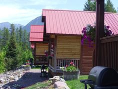 #Vacation #ThingsToDo #Homes #Photography #BigSky #Wedding #Travel #Living #RoadTrip #Scenery #Cabin #Pictures #Aesthetic #Hiking #Nature #House #Sunset #Lodge #Honeymoon #GlacierNationalPark