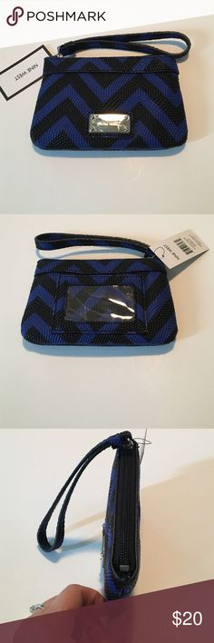 Fun for fall Nine West Wristlet New with tags, wristlet by Nine West. Textured. Blue and black. Nine West Bags Clutches & Wristlets