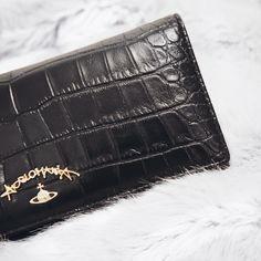 Vivienne Westwood Purse   #VivienneWestwood #Purse #black #gold #fashion #crocodile #style #classic #simple #minimal