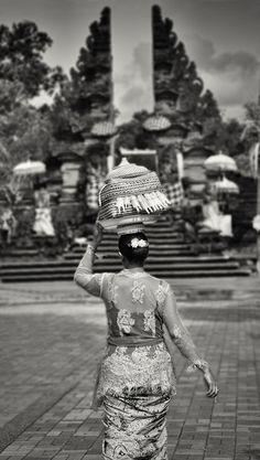 Balinese Ceremony - Ubud, Bali