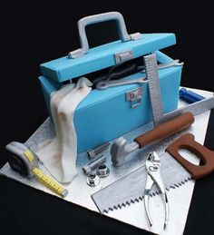 ... Tool Box Cake on Pinterest | Box Cake, Tool Cake and Mechanic Cake