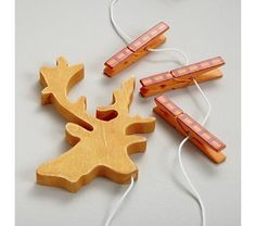 Arts & Crafts: Wooden Deer(!!!) Art Clips