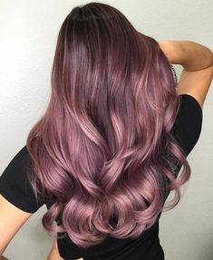 Blackberry Hair Is The New Moody Purple Hair Trend - All For Hair Color Balayage Brown Hair Balayage, Brown Hair With Highlights, Hair Color Balayage, Brown Hair Dip Dyed Blonde, Haircolor, Ombre Hair Color, Cool Hair Color, Brown Hair Colors, Trendy Hair Colors
