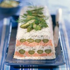 Asparagus terrine with salmon - Roselyne Ducray - - Terrine d'asperges au saumon Salmon asparagus terrine Salmon And Asparagus, Relleno, Vegetable Recipes, Love Food, Brunch, Food And Drink, Appetizers, Favorite Recipes, Salmon Terrine