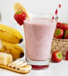 Mix a frozen banana with berries, milk, and Greek yogurt for a #smoothie that's filled with #superfoods.