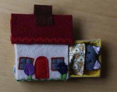 Cat in matchbox cottage Christmas Stockings, Arts And Crafts, Felt, Cottage, Holiday Decor, Home Decor, Needlepoint Christmas Stockings, Homemade Home Decor, Casa De Campo