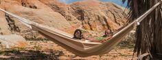 Hangmat Dunes, prachtige hangmat van katoen in natuurlijke kleuren. Geïnspireerd door de duinen. Deze hangmat is geproduceerd door Marañon hangmatten in Brazilië.