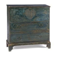 Beautiful Mule Chest with Heart!