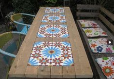 Beautiful garden table! (with patroontegels.be)