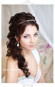 half up hairstyle for wedding with simple headpiece