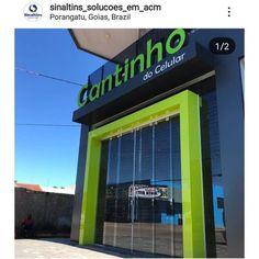 Estrutura em alumínio revestido em acm e letras caixa de acm com acrílico iluminação frontal! Office Entrance, Entrance Design, Facade Design, Exterior Design, Shop Facade, Building Facade, Building Design, Shop Front Design, Store Design