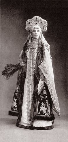 Countess Sofiya Alexandrovna Ferzen (aka Fersen) nee Princess Dolgorouky dressed as Boyar 17th century Russia. Image 127 by klimbims on deviantART