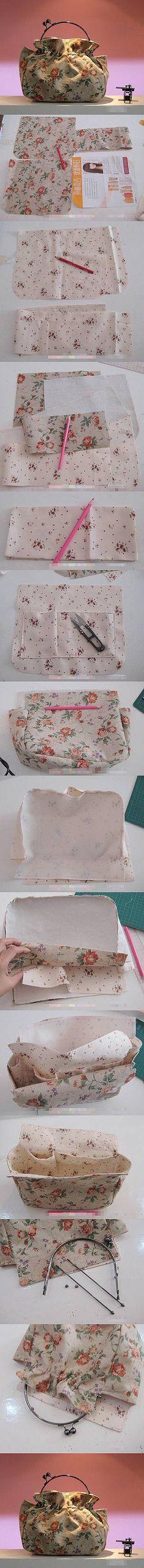 New diy bag design tuto sac 28 Ideas Sewing Hacks, Sewing Tutorials, Sewing Patterns, Tutorial Sewing, Fabric Crafts, Sewing Crafts, Sewing Projects, Diy Projects, Handmade Handbags