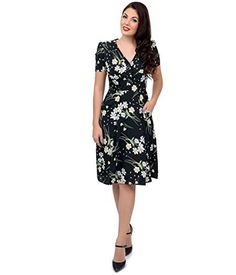 1940s Style Black Short Sleeve Fleur Swing Dress, http://www.amazon.com/dp/B00Q7AIGJE/ref=cm_sw_r_pi_awdl_B7I-ub0Q60EMJ