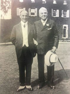 Admiral Jellicoe (left) and Admiral of the Fleet John Fisher.