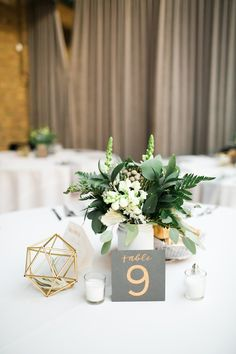 Centerpiece florals, table number calligraphy, and table styling by Grace Niu, photo by Mayden Photography
