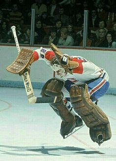 Ken Dryden • Montreal Canadiens