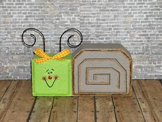 Painted Brick Paver Pals by ~WoodWinkles on deviantART Brick Crafts, Wood Block Crafts, Wood Crafts, Diy Crafts, Painted Pavers, Painted Bricks, Brick Pavers, Cement Pavers, Concrete Blocks