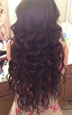 You can create beautiful curls with Remy Clips clip-in hair extensions! Visit us today to order you color samlpe today! www.remyclips.com