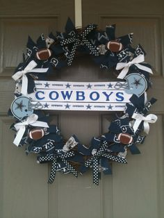 So gotta make this! I guess I can hang this one for me and make Clay a Niners one!!! Dallas Cowboys Wreath with monogrammed door hanger. This would be cute for game day.