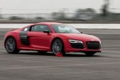 2014 Audi R8 V-10 – The World's Most Practical Supercar