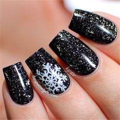 20 Winter Black Nail Art Designs Ideas | http://www.meetthebestyou.com/20-winter-black-nail-art-designs-ideas/